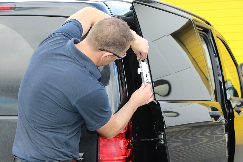 Fitting our Thatcham approved van deadlocks.